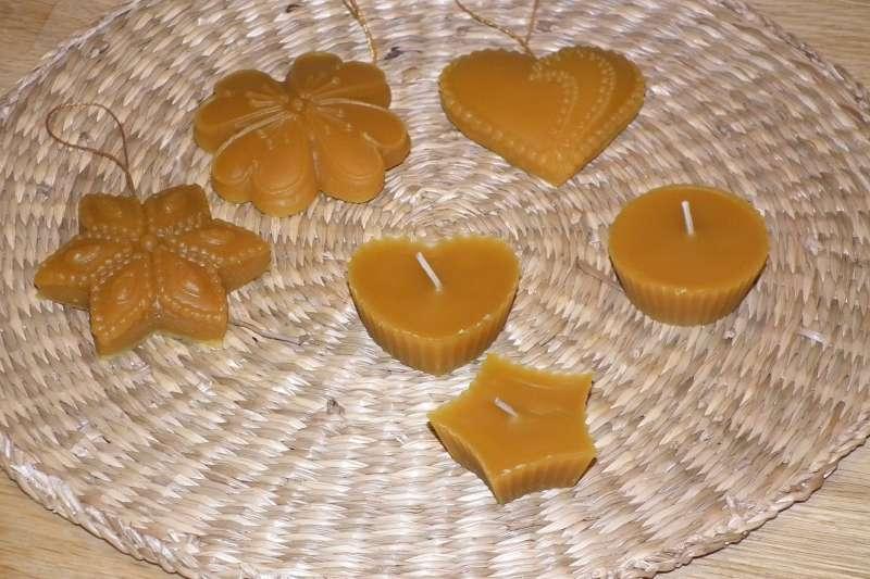 Vianočné ozdoby a sviečky z včelieho vosku | indijanka