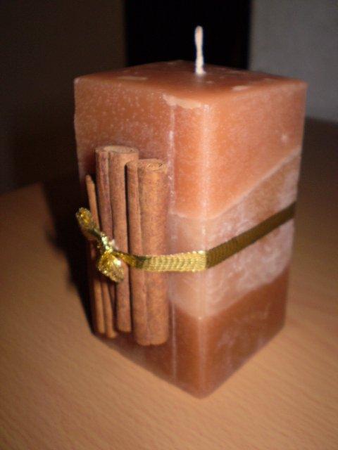 Medovo-škoricová sviečka | cecil