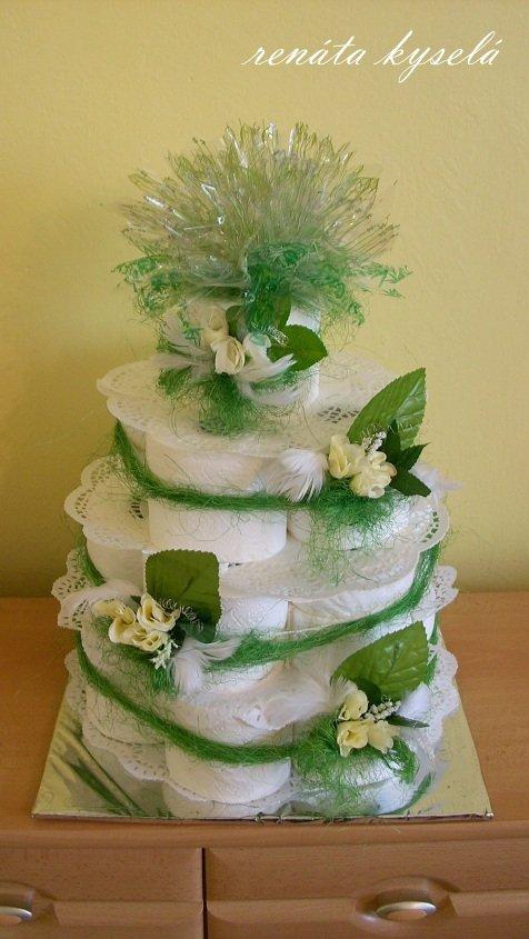 Torta z toaletného papiera