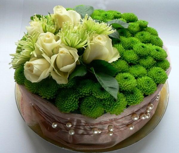 Kytica zo živých kvetov - torta