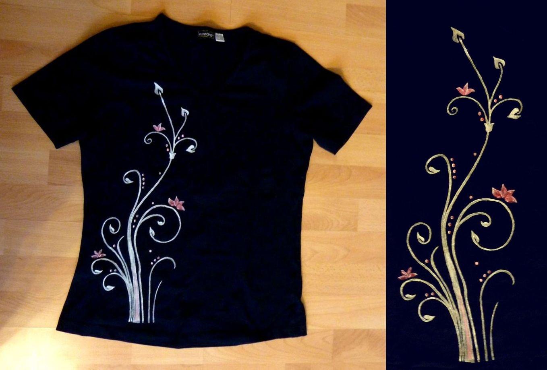 Tričko s ručne maľovanými kvetmi