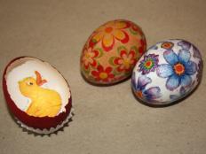 Postup na veľkonočné vajíčko zdobené servítkou - foto postup