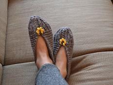 Pletené papuče šedé - foto postup