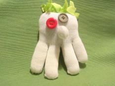 Hračka z rukavice - foto postup