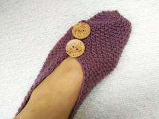 Návod na pletené papuče - zošité z jedného obdĺžnika. Veľmi jednoduché - foto postup