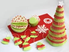 Vianočný stromček, gule a ozdoby z košíčkov na muffiny - foto postup