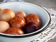 Fotopostup na mramorované veľkonočné vajíčka na prírodno - foto postup
