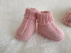 Ako upliesť papučky pre bábätko - foto postup