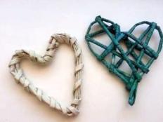 Vyrobte si pletené valentínske srdiečka z papiera - foto postup