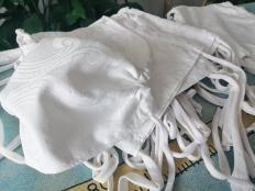 Ako vyrobiť šnúrky na rúško zo starého trička - foto postup
