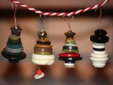 Vianočné dekorácie z gombíkov - foto postup