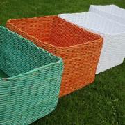 farebné krabice z papiera