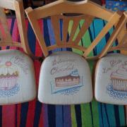 maľba na kuchynské stoličky