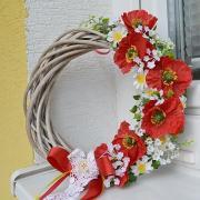 veniec na dvere z lúčnych kvetov