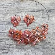 drôtikové kvety, náhrdelník a náušnice