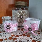 recy svietniky ružové s kvietkami