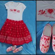 maľované tričko a topánočky, šitá sukňa