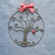 Stromček v kruhu