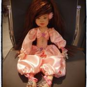 moja prvá bábika-orientálna tanečnica