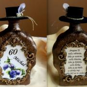Trochu netradičná narodeninová fľaša.