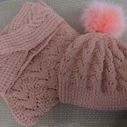 pletený dámsky set - čiapka, čelenka a šál