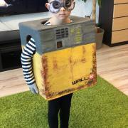 Wall-e z kartónovej krabice