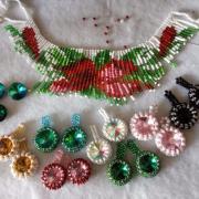 Babušky a náhrdelník