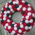Vianočný klbkový v klasickej červeno - bielej