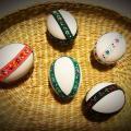 Veľkonočné vajíčka z betónu, sadry, omietky