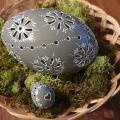 Vŕtané šedé vajce