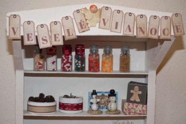 Vianočný stánok pre bábiky 2