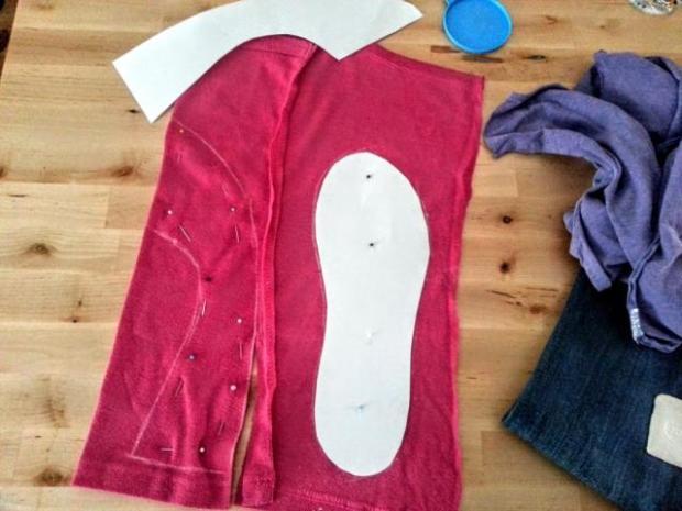 Ako ušiť papuče zo starých tričiek a riflí 2