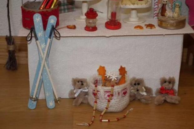Vianočný stánok pre bábiky 4