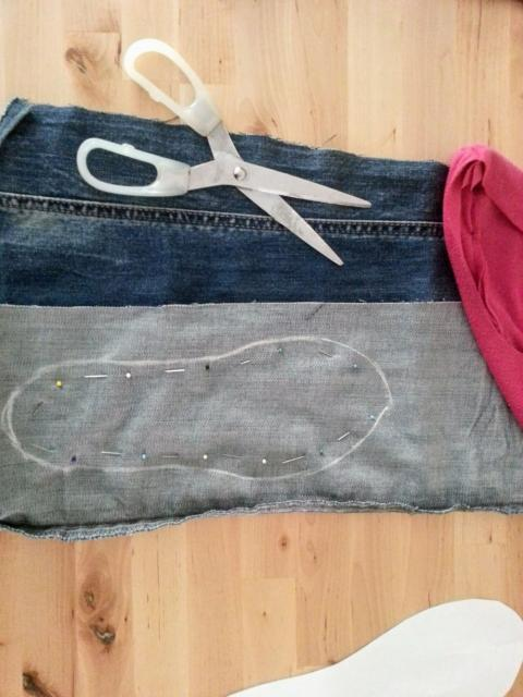Ako ušiť papuče zo starých tričiek a riflí 5