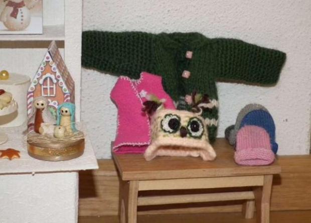 Vianočný stánok pre bábiky 6