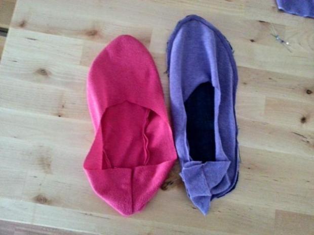 Ako ušiť papuče zo starých tričiek a riflí 10