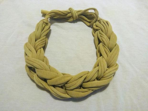 Náhrdelník alebo čelenka zo starého trička 12