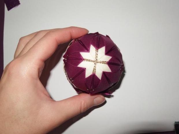 falošný patchwork vianočné gule-špirála 13