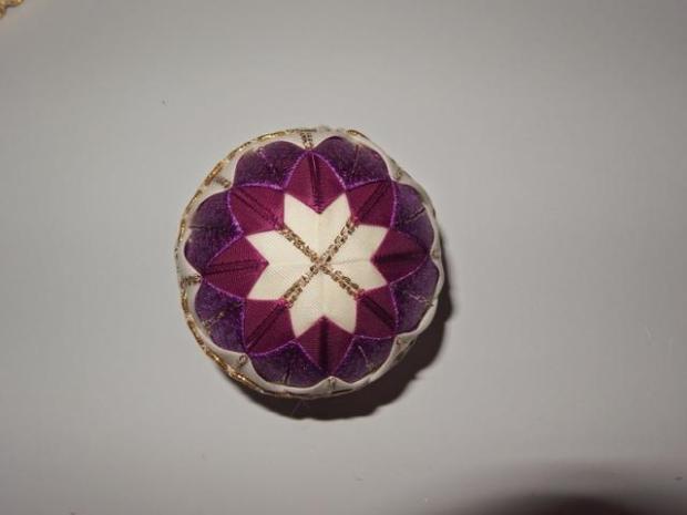 falošný patchwork vianočné gule-špirála 16