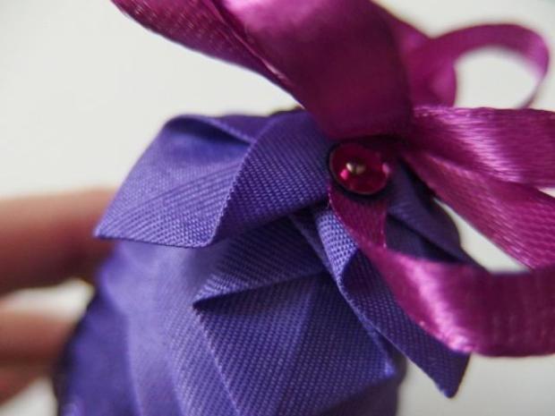 falošný patchwork vianočné gule-šišky 17