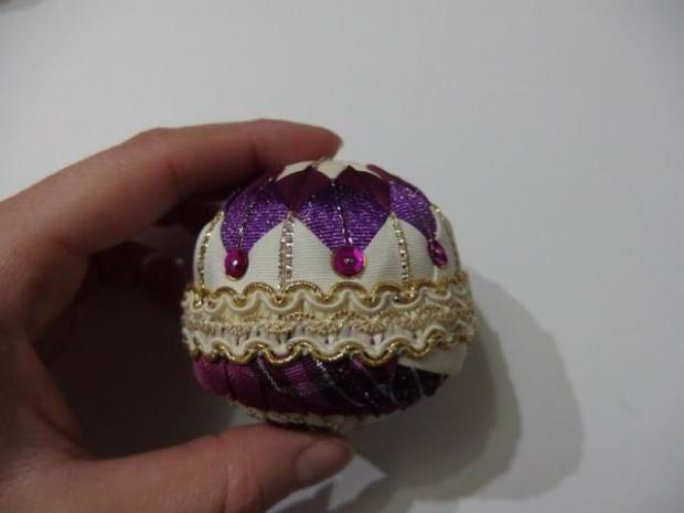 falošný patchwork vianočné gule-špirála 19