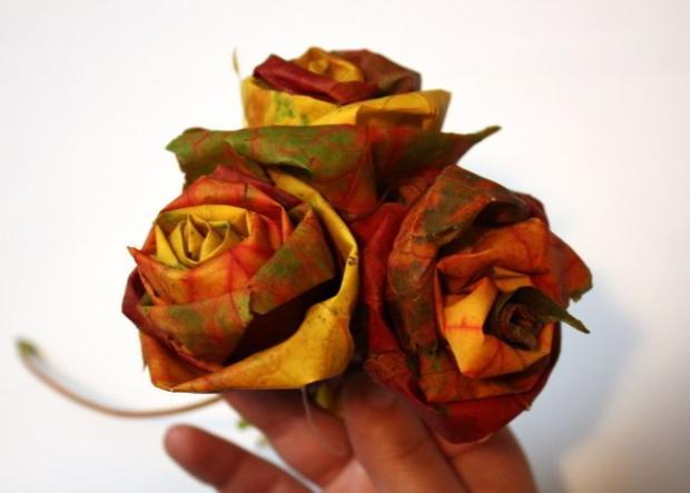Fotopostup na ruže z javorového lístia 20