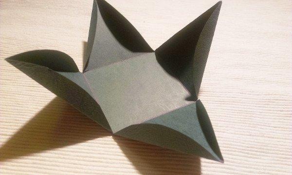 Papierová krabička - pyramída 3