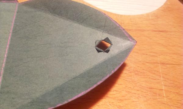 Papierová krabička - pyramída 5