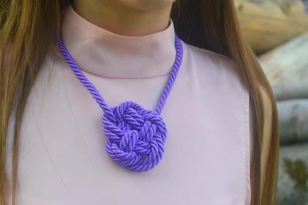 Náhrdelník z lana alebo šnúry I. 15