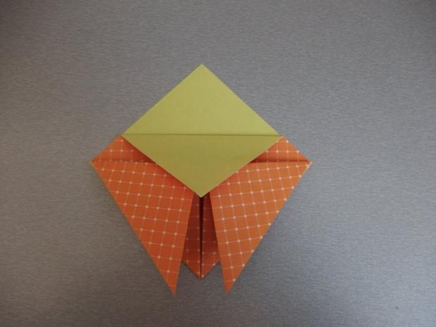 Pohyblivý papierový šváb - návod na hračku 5