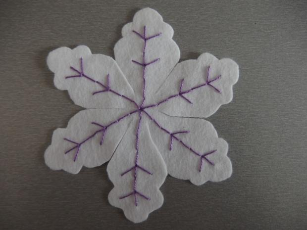 Snehové vločky z flisu  7
