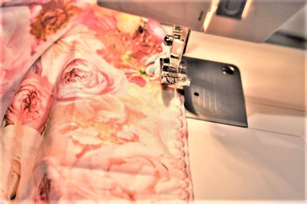 Dlhá sukňa so záhybmi bez strihu 8