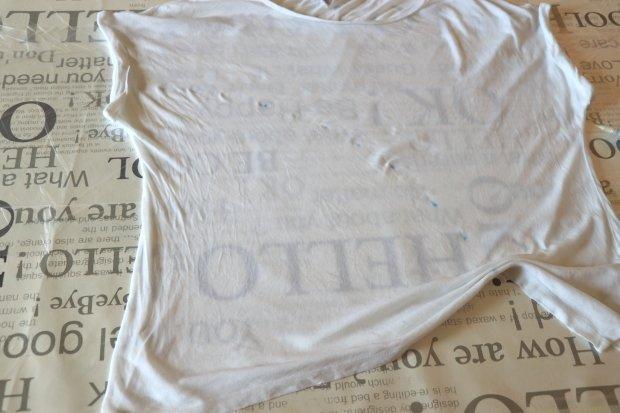 Fotopostup na batikované tričko - vzor výrez kruhu skladaním 3