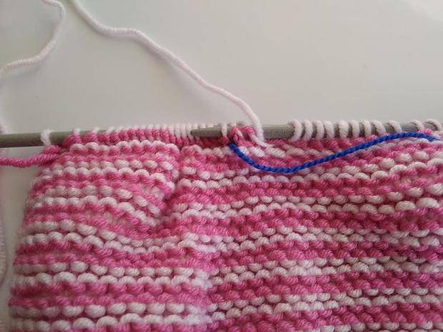 Pletená čiapočka pre bábätko 6